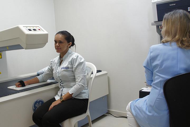 radio_clinica_cariri-exames-densitometria_ossea